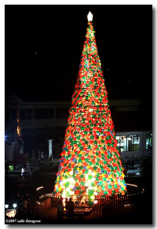 Tacloban s christmas park gerryruiz photo